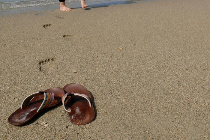 沖縄の砂浜で