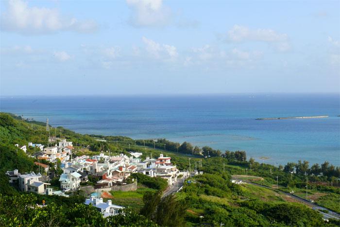 沖縄 勝連城跡からの眺め