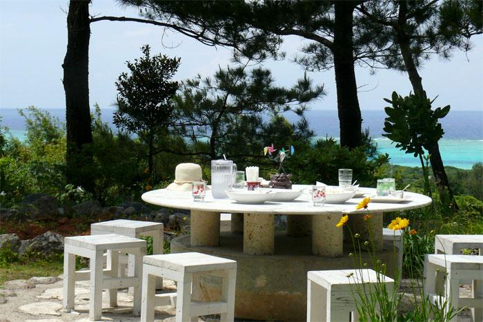 沖縄 美ら海水族館近くのカフェ