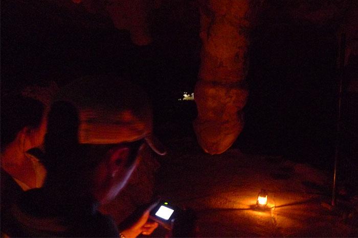 男性の洞窟