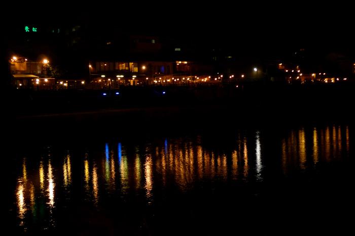 川床の夜景