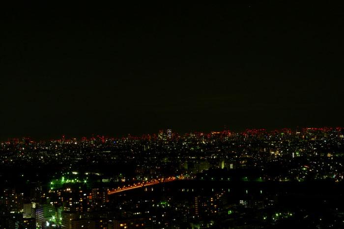 高層マンションの夜