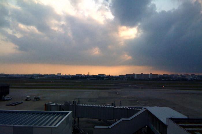 渦中の伊丹空港