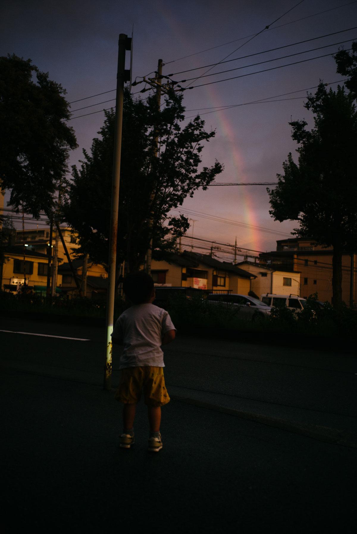 帰り道に見つけた大きな虹
