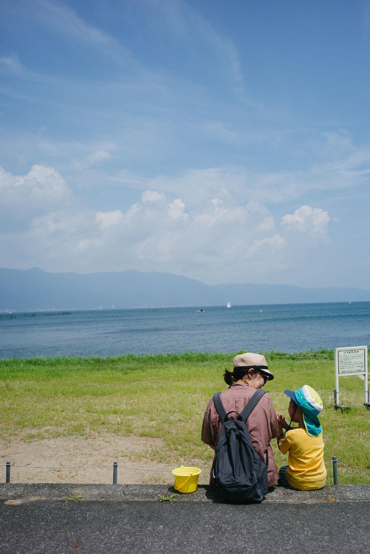 琵琶湖を眺めながらひと休み